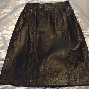 Black Leather Simulated Alligator Skirt ~ Sz 12